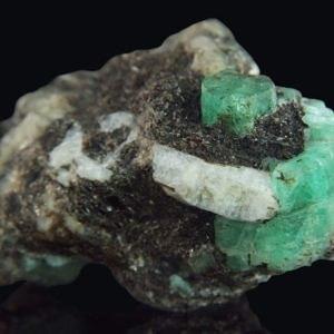 Emerald (Russia - Malysheva)